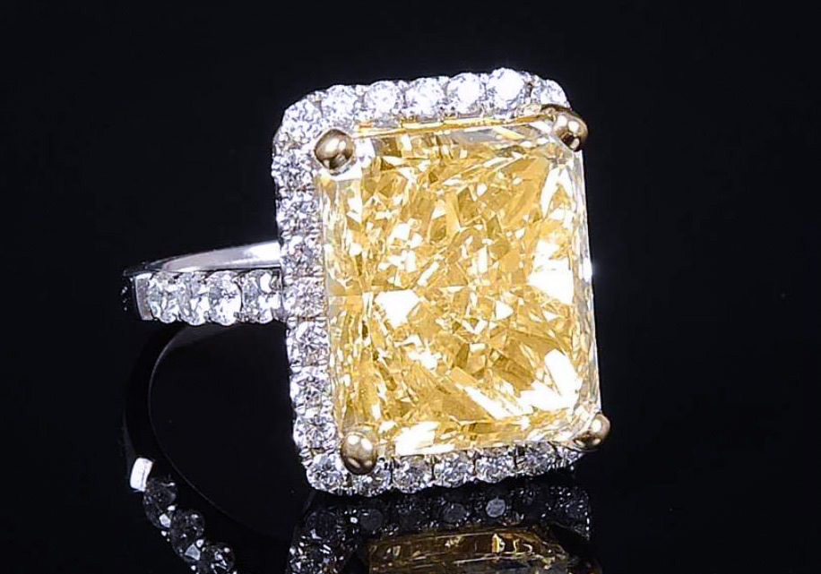 10_Carat_Radiant_Yellow_Diamond