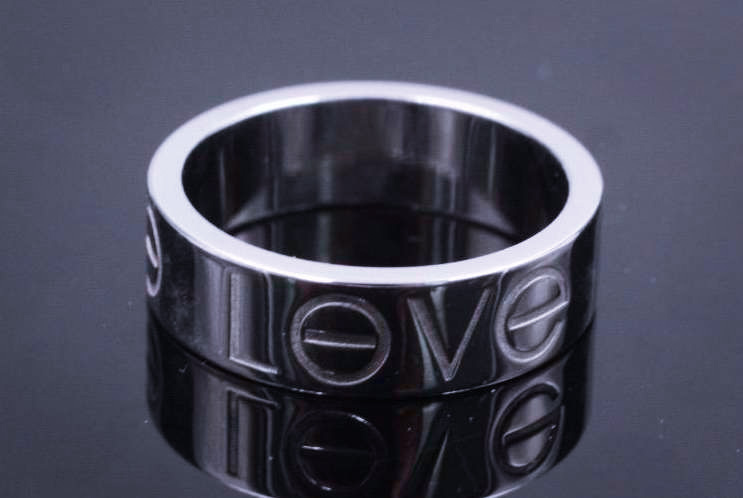 Cartier_18k_Love_Ring