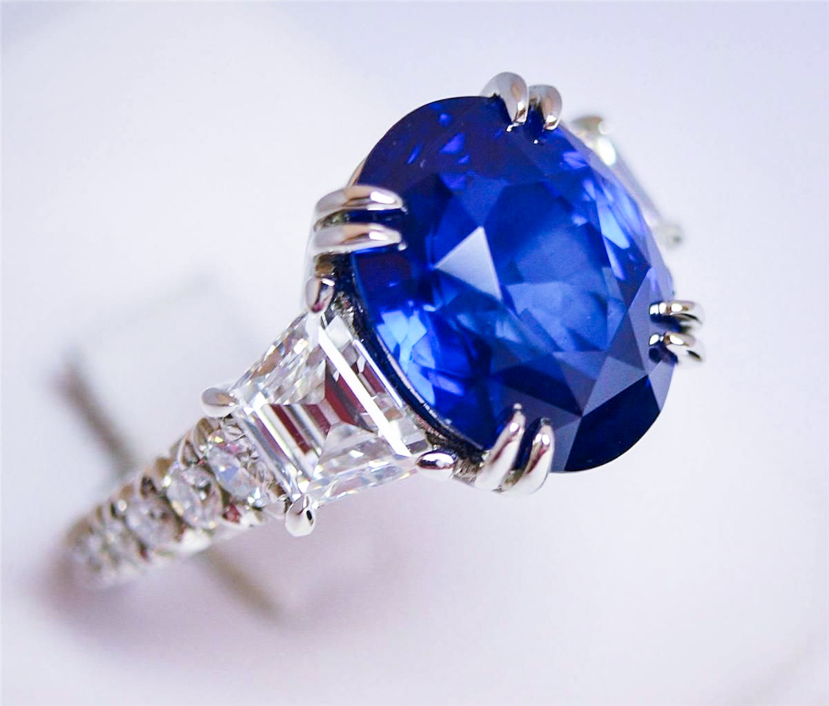 Sell_a_Sapphire_Ring_for_Cash