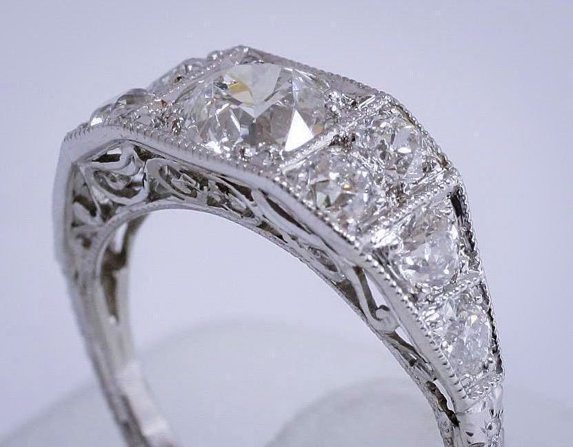 Vintage_Diamond_Platinum_Ring